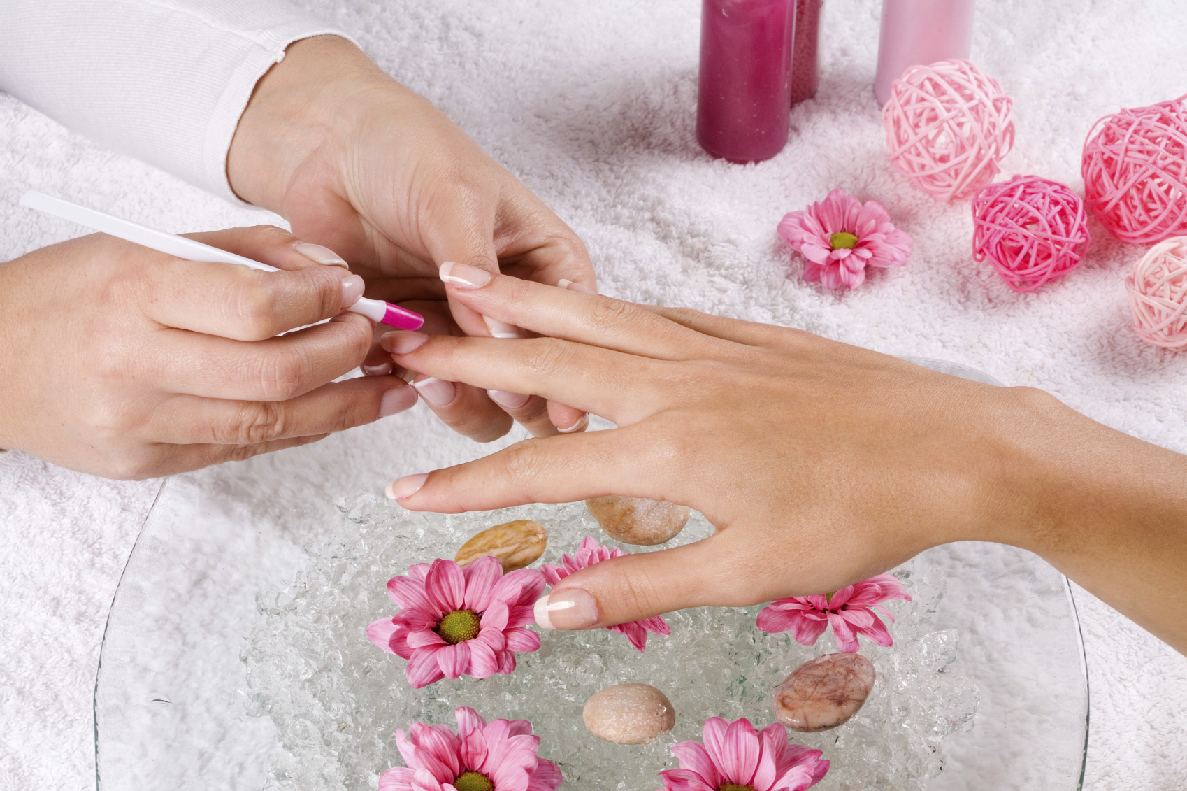 14 day chip free manicure with revolutionary product offered at adora