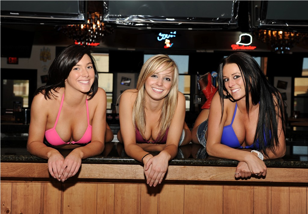 Bikinis bar and grill charlotte