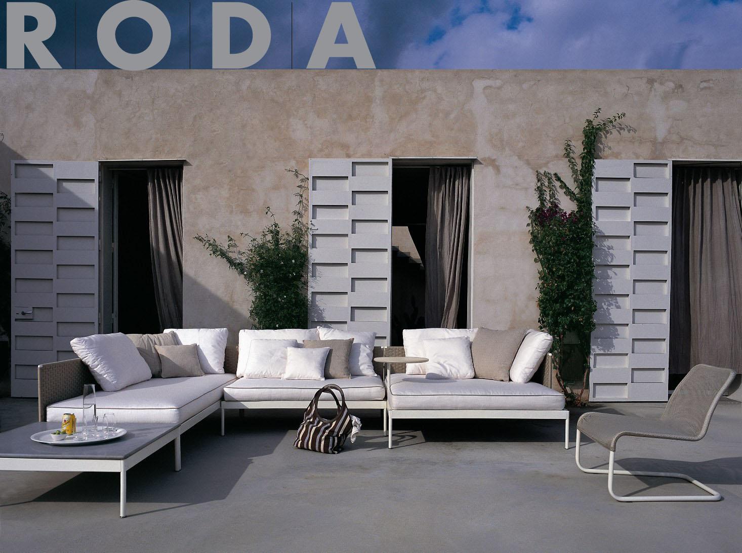 Studio b creates luxury outdoor living spaces far beyond for Luxury outdoor living spaces