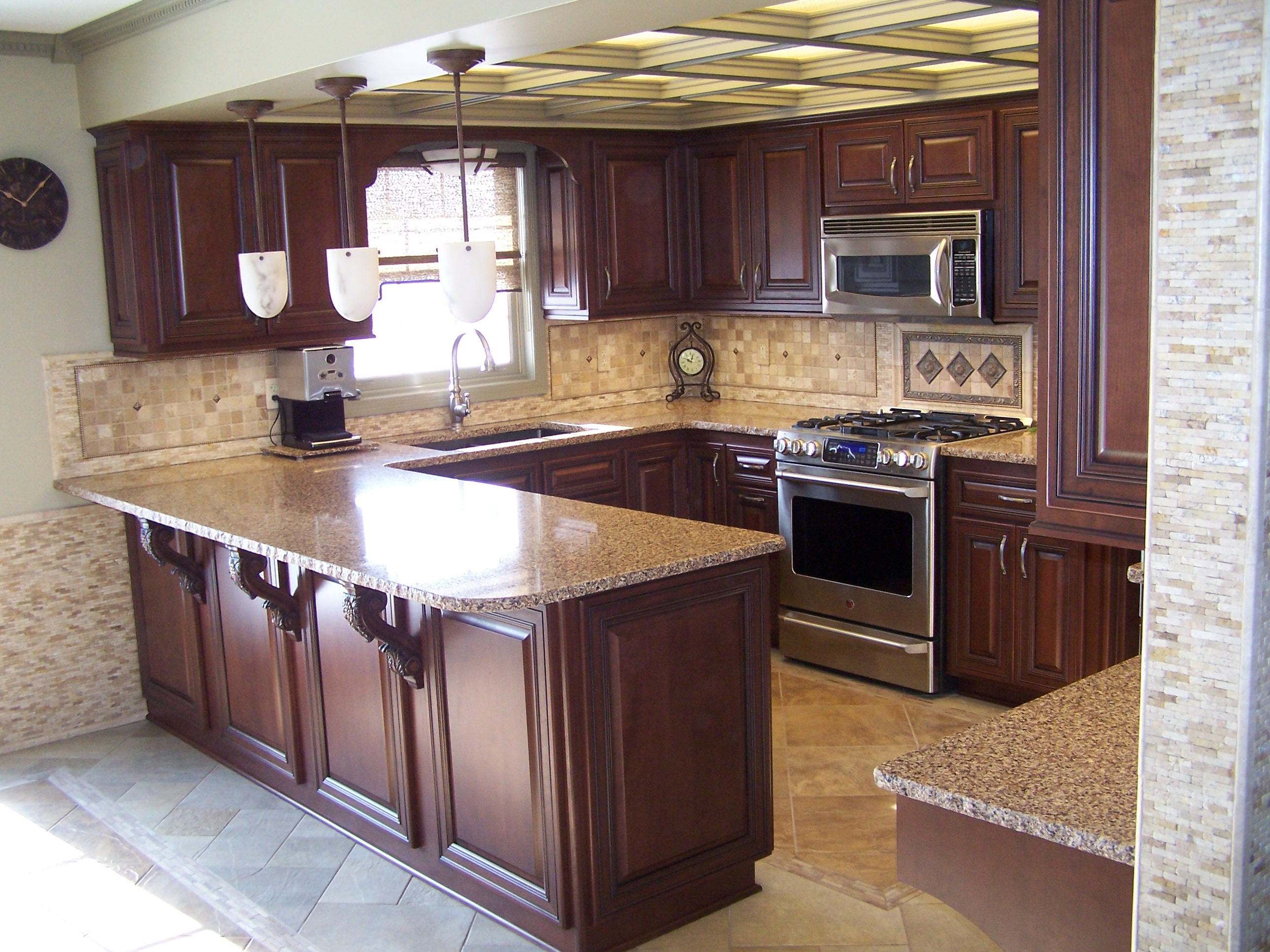 Local do it yourselfers create dream kitchen with help for Local kitchen remodeling