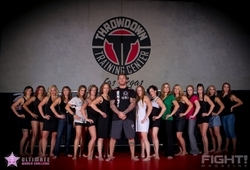 John Wood from Throwdown Training Center Las Vegas stands in front of the contestants for the Ultimate Women Challenge