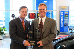Jim Ellis Chevrolet >> Atlanta S Own Jim Ellis Chevrolet Receives Mark Of Excellence Award
