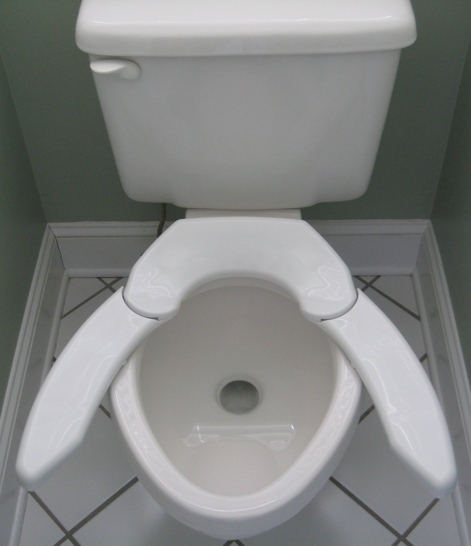 Adjust For Comfort Unveils Revolutionary New Toilet Seat