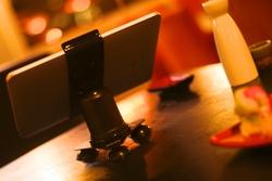 Pad Grip Magnetic iPad Mount