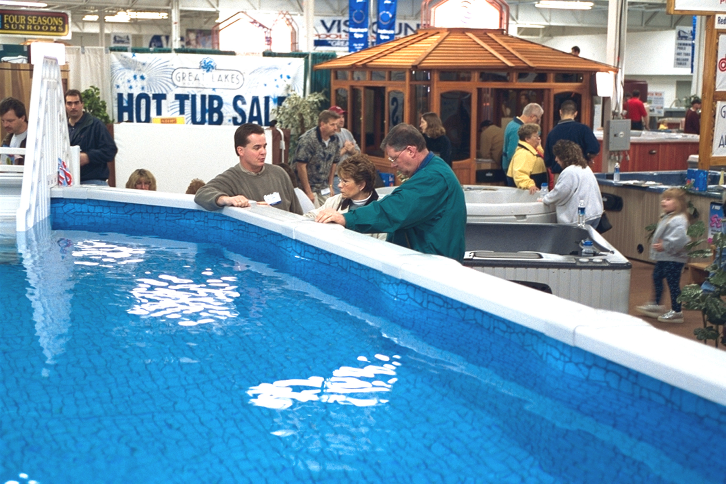 Novi backyard pool spa show opens friday march 22 in novi for Pool and spa show usa