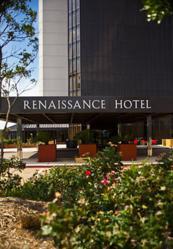 Houston luxury hotel invites college basketball fans to for Hotel luxury houston