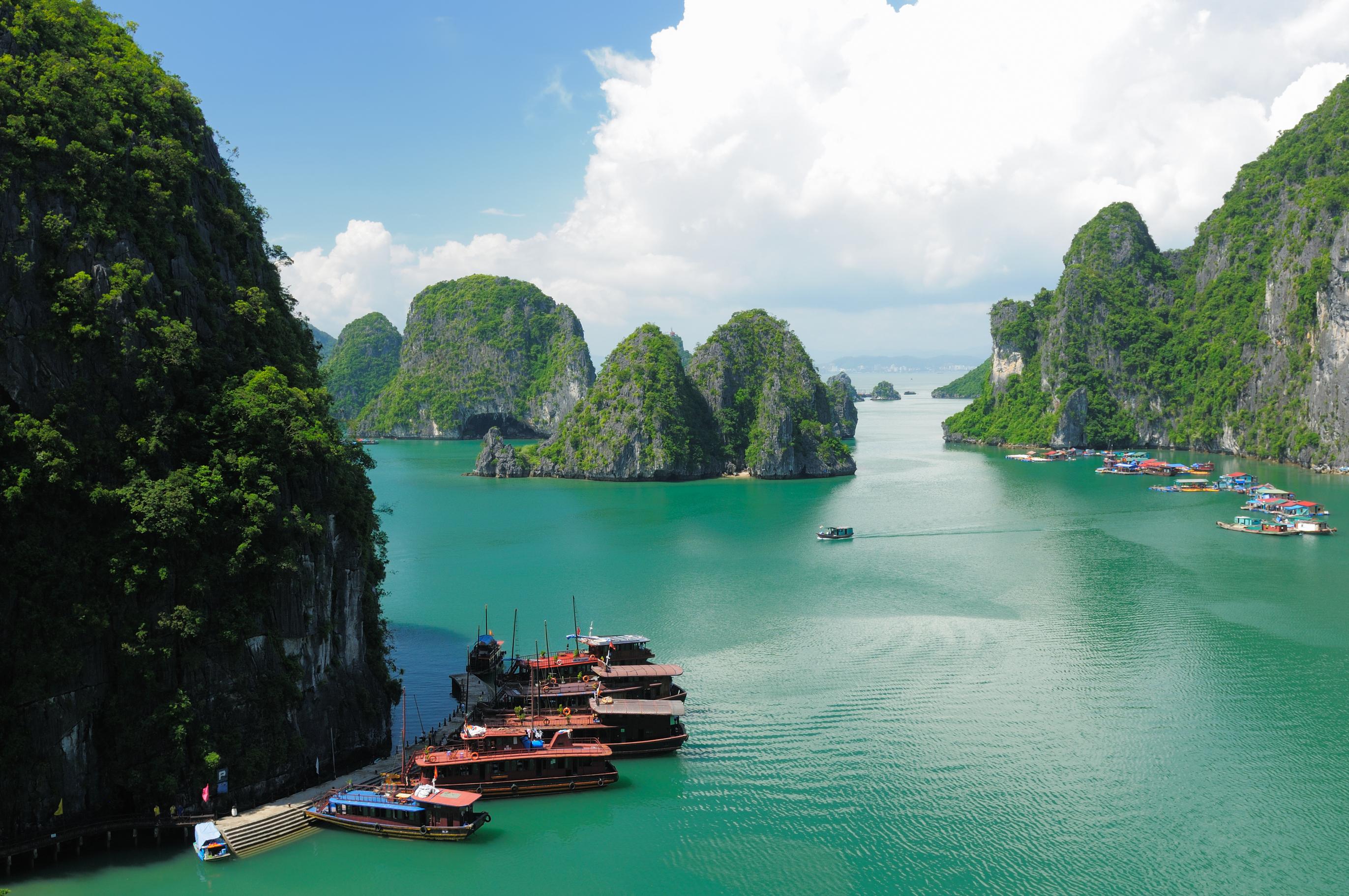 Iem expands study abroad offerings to scenic vietnam - Plage de reve vietnam ...