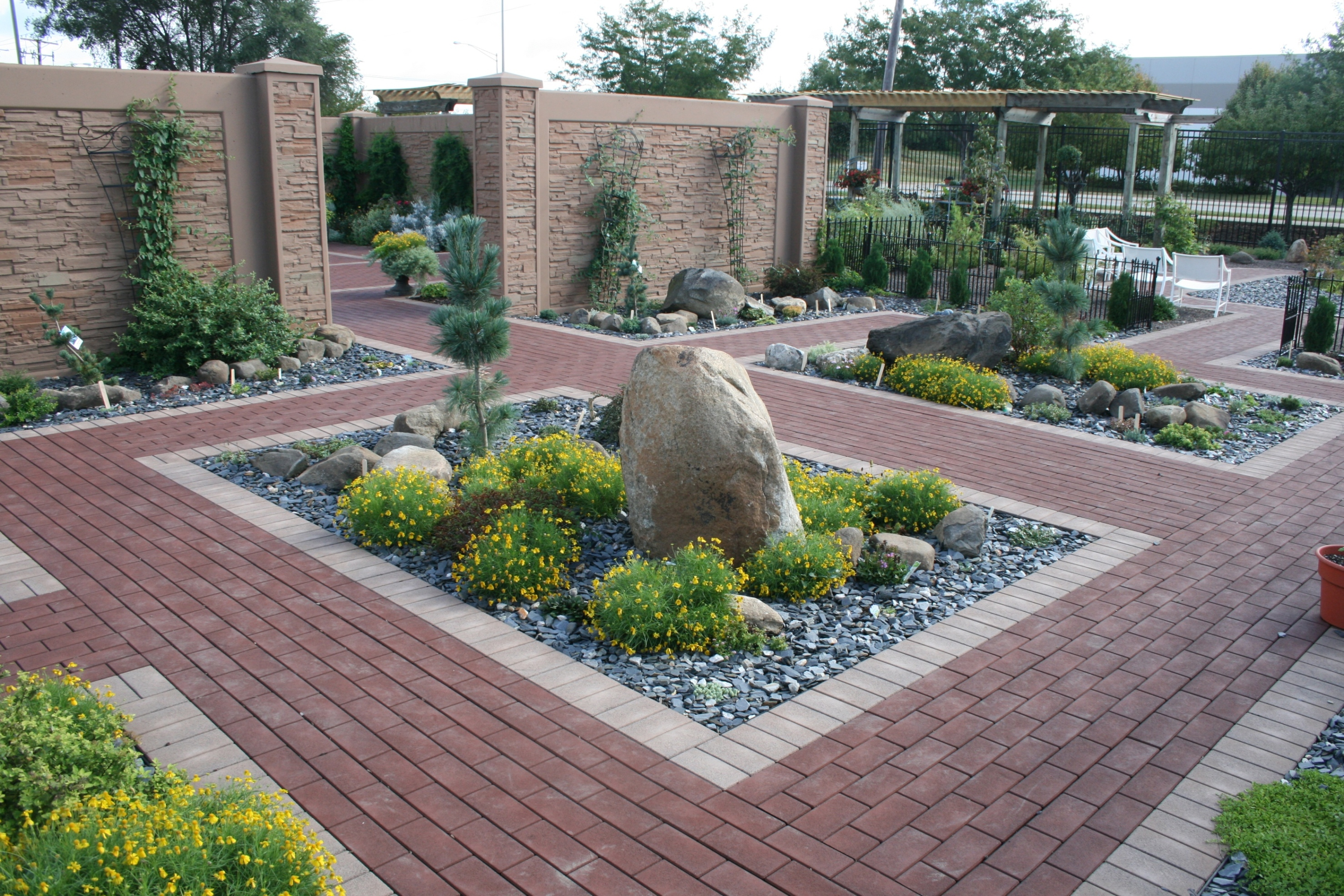landscaping advertising ideas