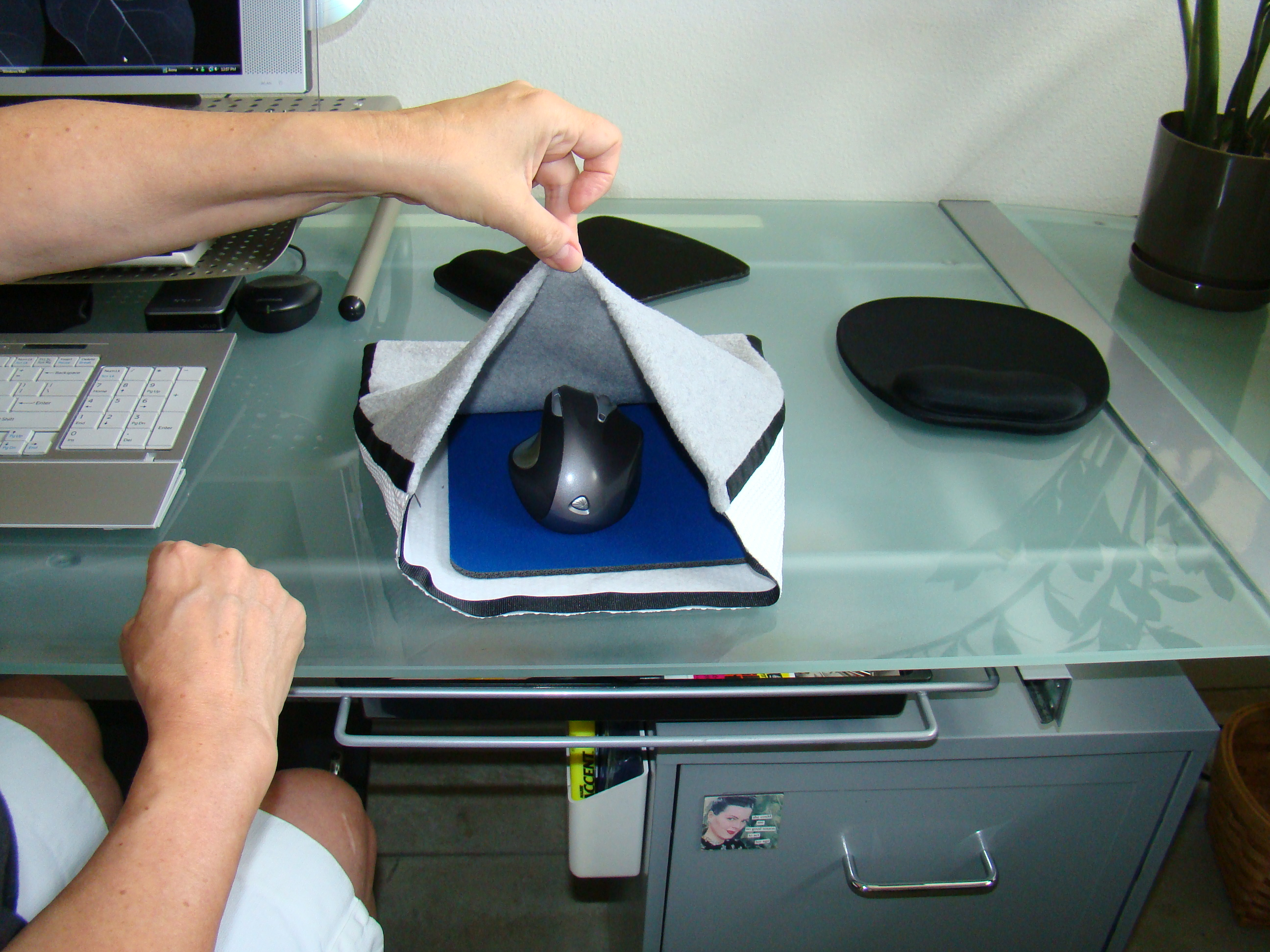 Heated Chair Pad >> HeatedMouse.com Holiday Shopping Give the Gift of Warmth