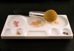 Minerals Mate application and mixing palette