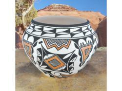 Acoma Pottery by D Victorino