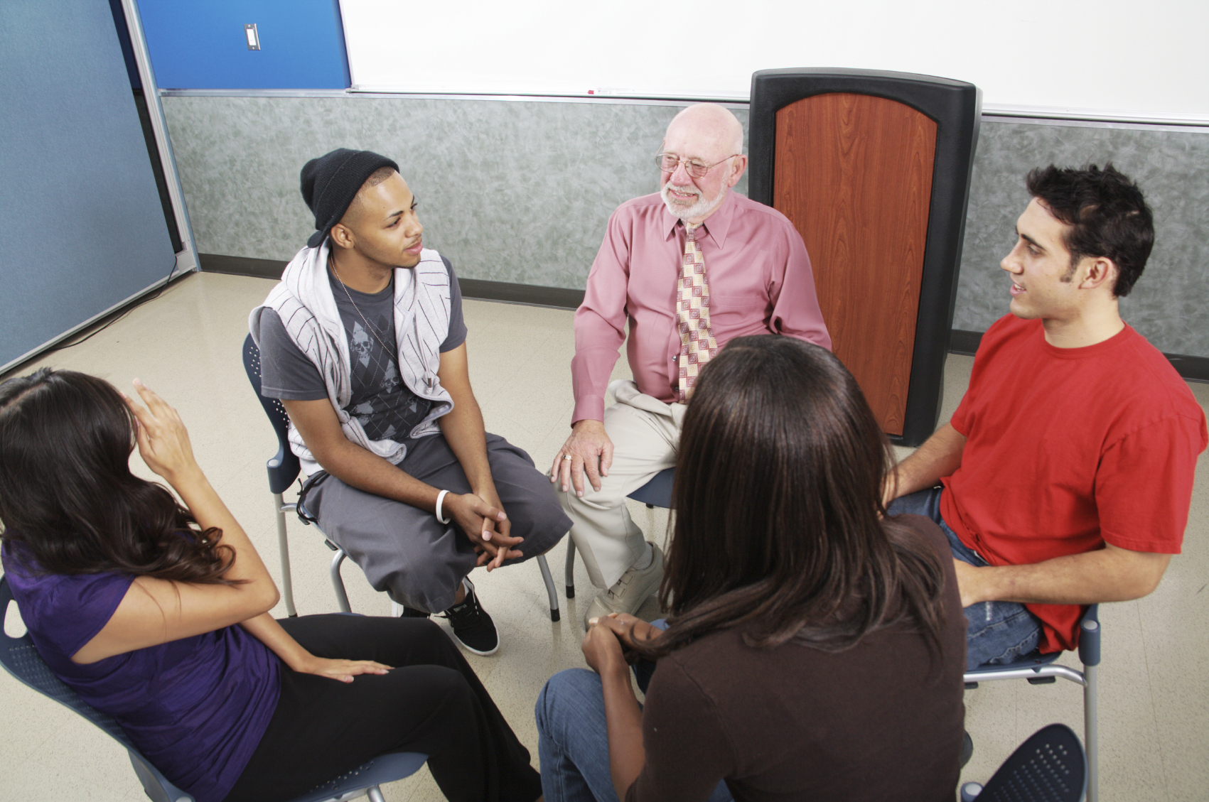 5 Group Therapy Activities for Adults  SimplePractice Blog