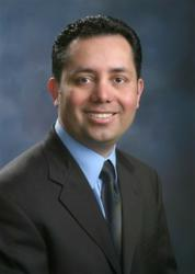 Dr. Guillermo Donan is a Cosmetic Dentist in Fresno, CA