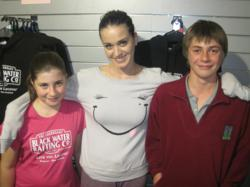 Waitomo Caves - Katy Perry with two young fans, Pippin & Max