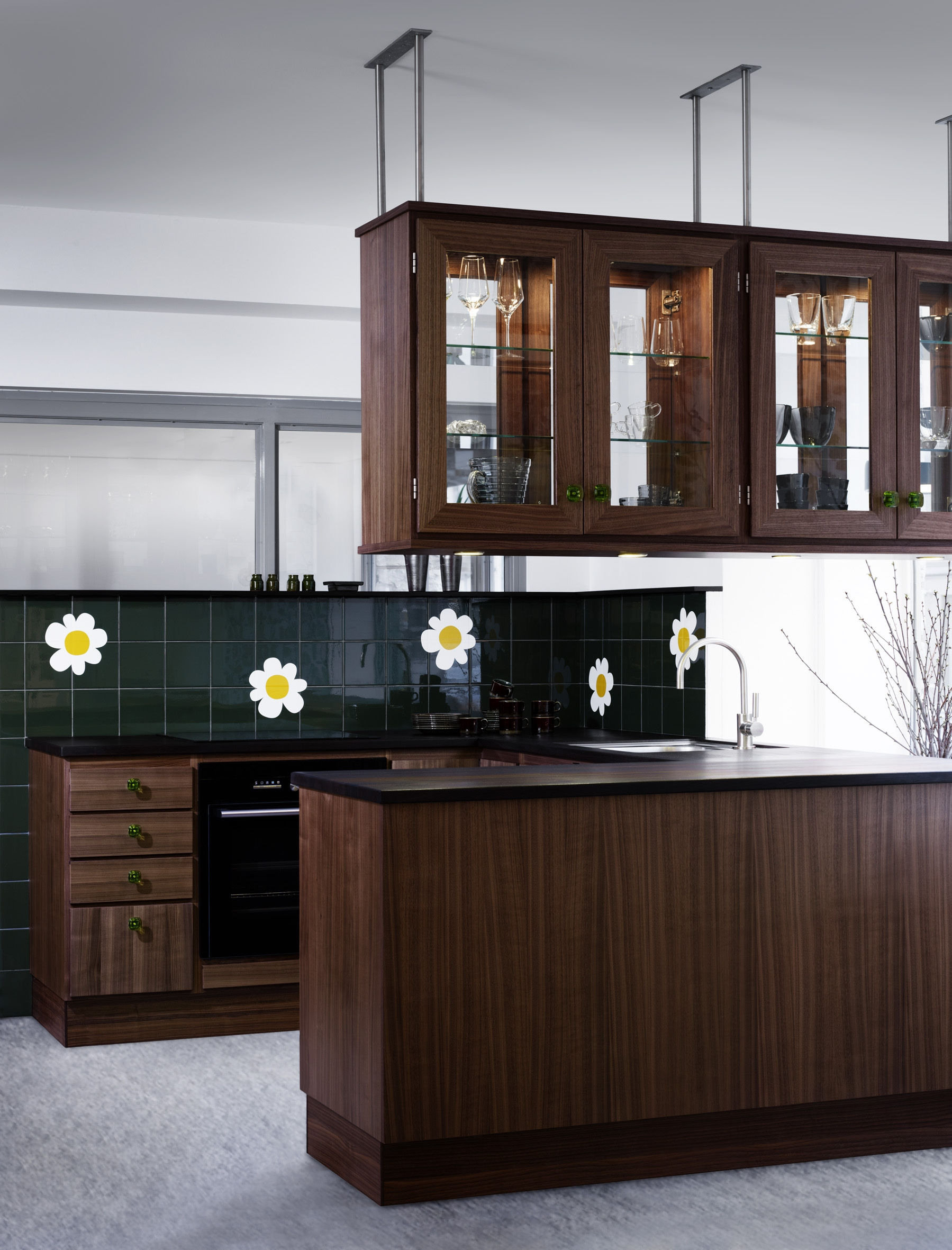 Kv num launches 39 70s inspired kitchen design during for Kitchen design 70s