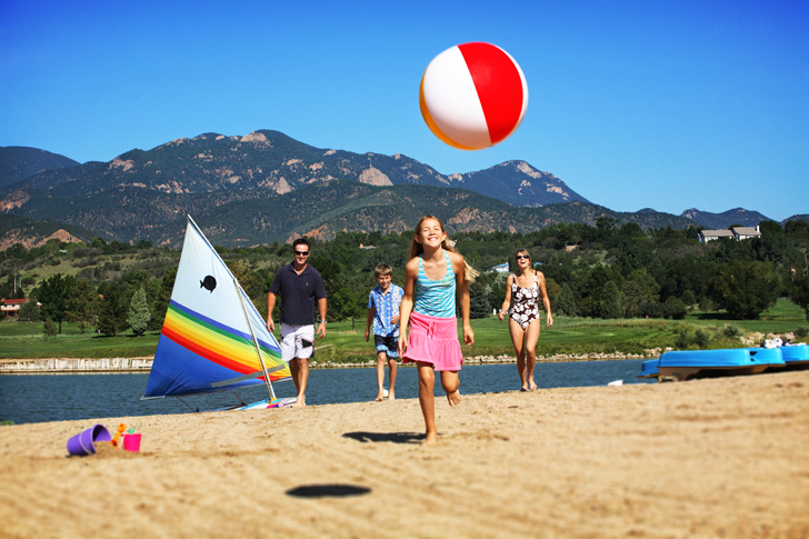Outlets of colorado host strike a pose models for resort - Mountain view swimming pool loveland ...