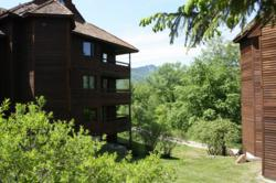 Highridge Condominiums in Summer, with views of Killington