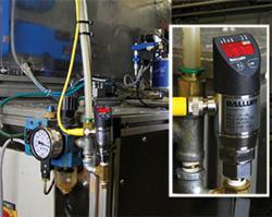 Balluff pressure sensor monitoring the regulated air pressure of a boring machine.