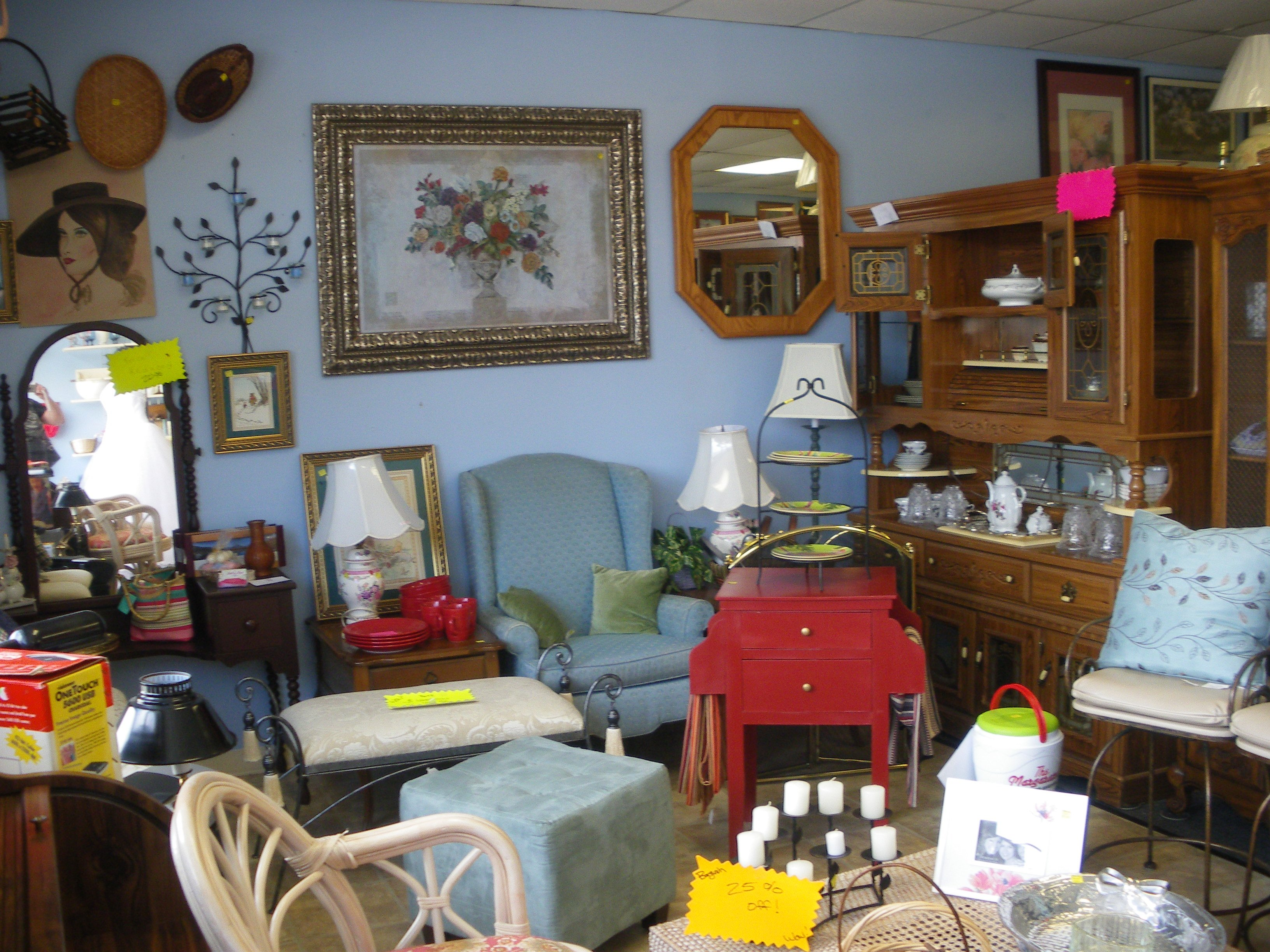 Used Furniture Store. Stylish Used Office Furniture Rds ...