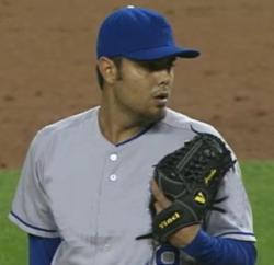 Joakim Soria wearing his Vinci baseball glove.