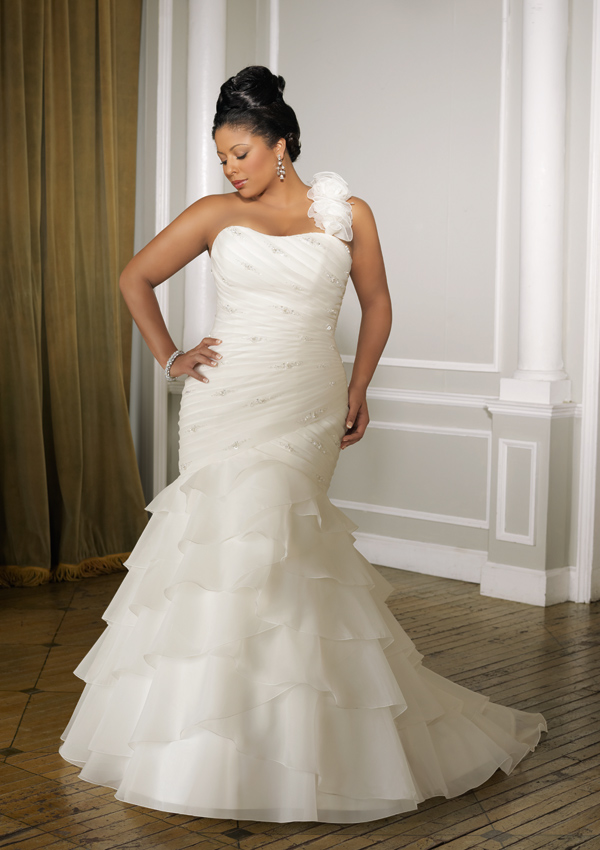 Plus Size Gown Available in Ivory or White Sizes 16W - 32W Plus Size ...