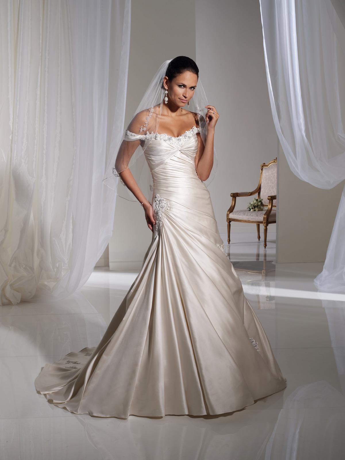 Alabaster Wedding Dress 4 Nice Available in Alabaster White