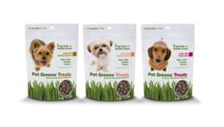 SuperZoo: Pet Greens Li'l Treats packs the power of green nutrition into three savory bite-sized recipes: Roasted Chicken, Healthy Salmon and Tasty Lamb - healthy pet treats, green nutrition pet products