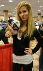 WPBA Star Jennifer Barretta with PoolDawg's mascot Frank T. Dawg