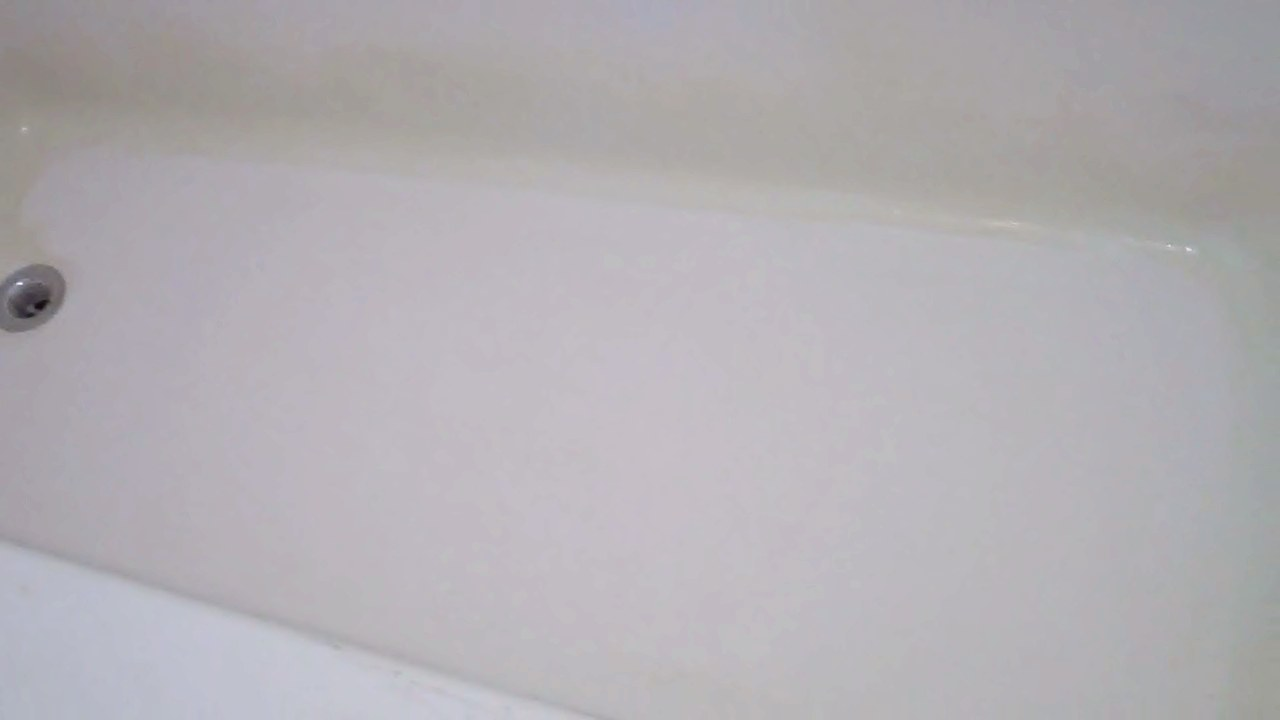 Fiberglass tub repair after reglazing fiberglass bathtub for Bathtub repair