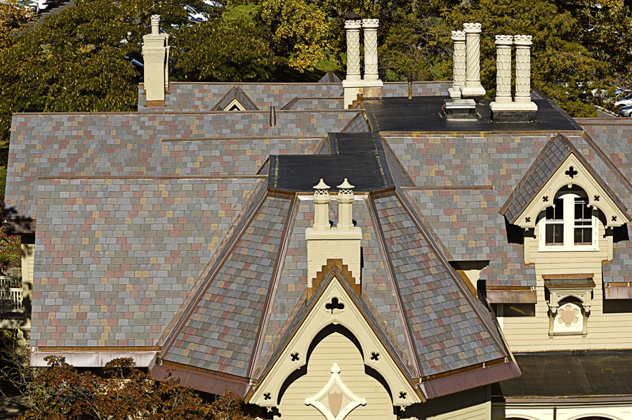 Davinci Roofscapes Enhances Online Color Studio