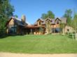 A 3 bed, 2.5 bath luxury near National Forest Service land and Madison River