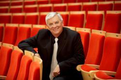 Pacific Chorale Artistic Director John Alexander