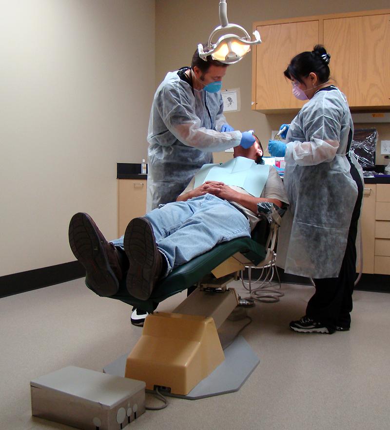 San Antonio Cosmetic Dentist Eddie Camacho Brings Smiles