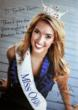 Miss Ohio 2011, Ellen Bryan, signs a photo for Turbie Twist.