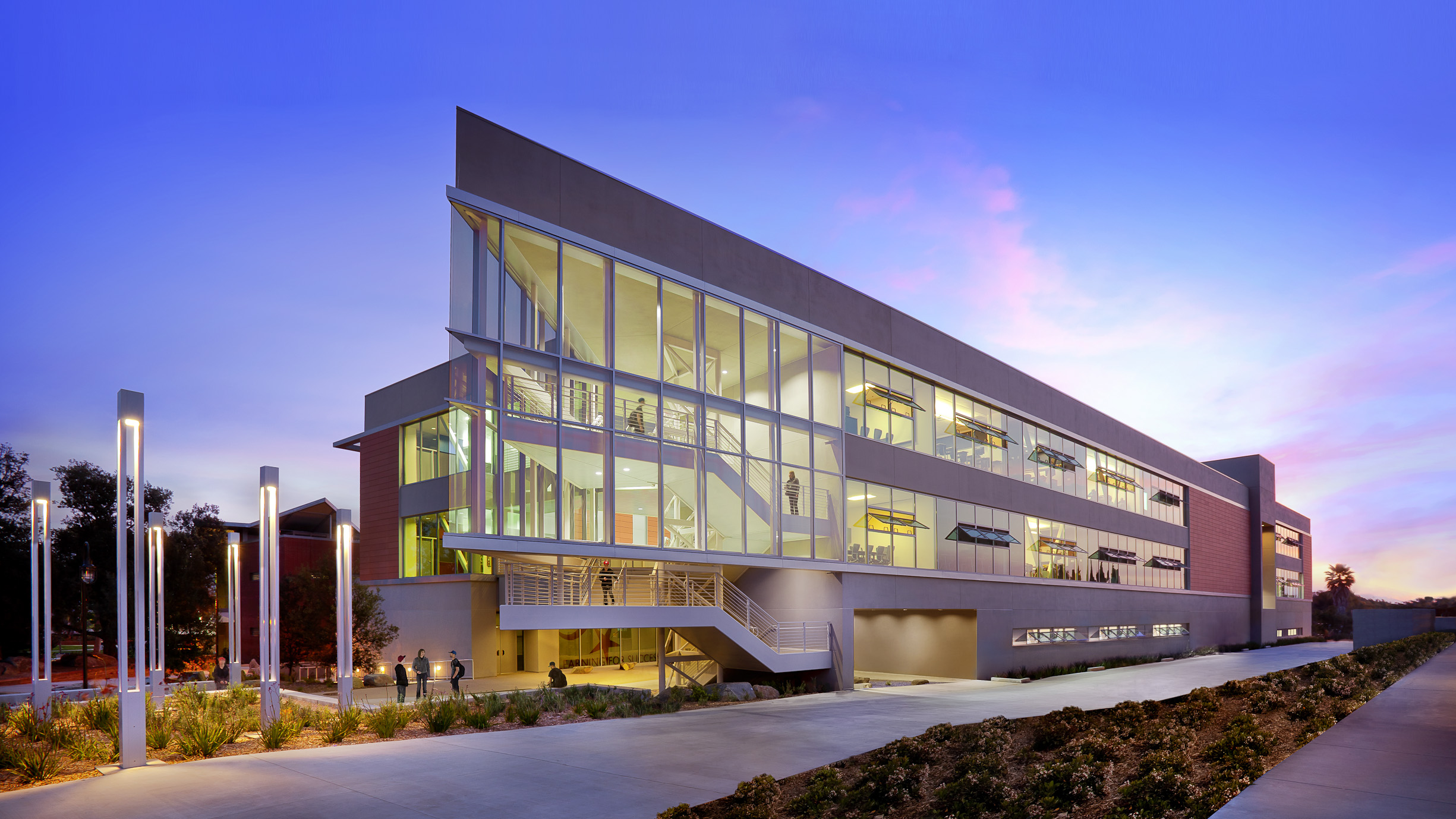 School design heavily awarded by orange county architects for Building designer