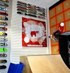 skatehut-team-skateboards