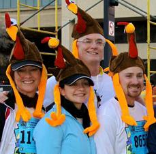 "2010 Dallas Turkey Trot runners in their ""turkey dressing."""