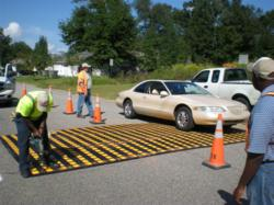 rubber speed table for traffic calming