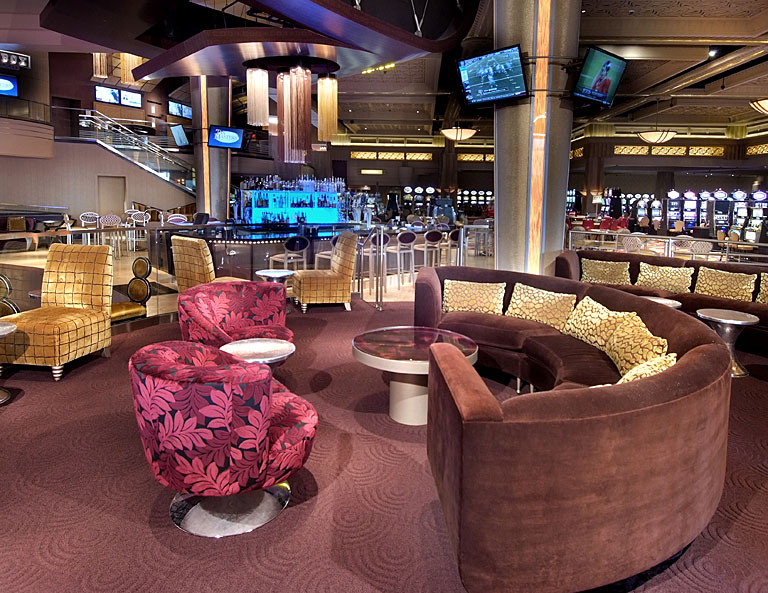 hollywood casino aurora vip lounge
