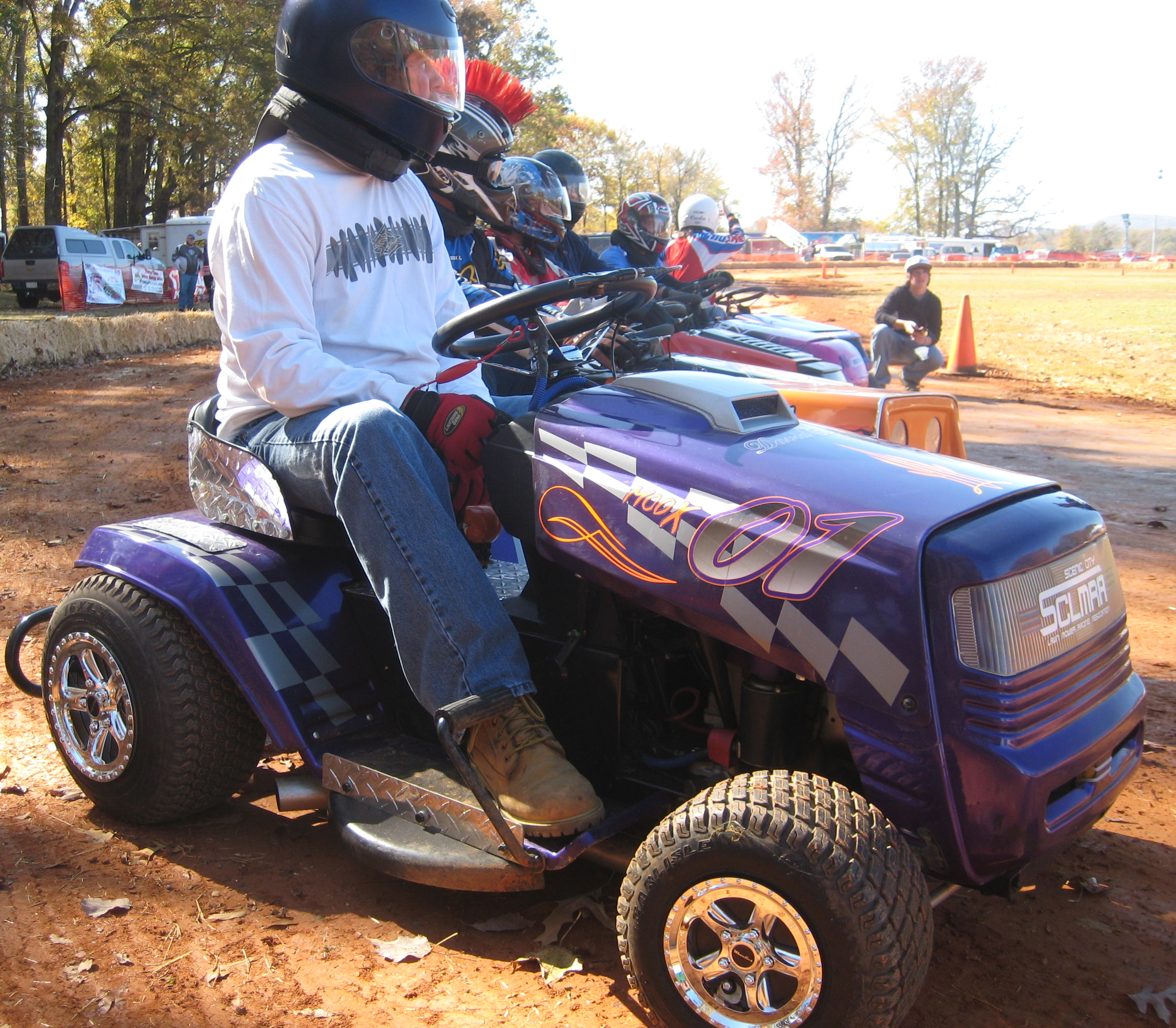 Img on Lawn Tractor Racing