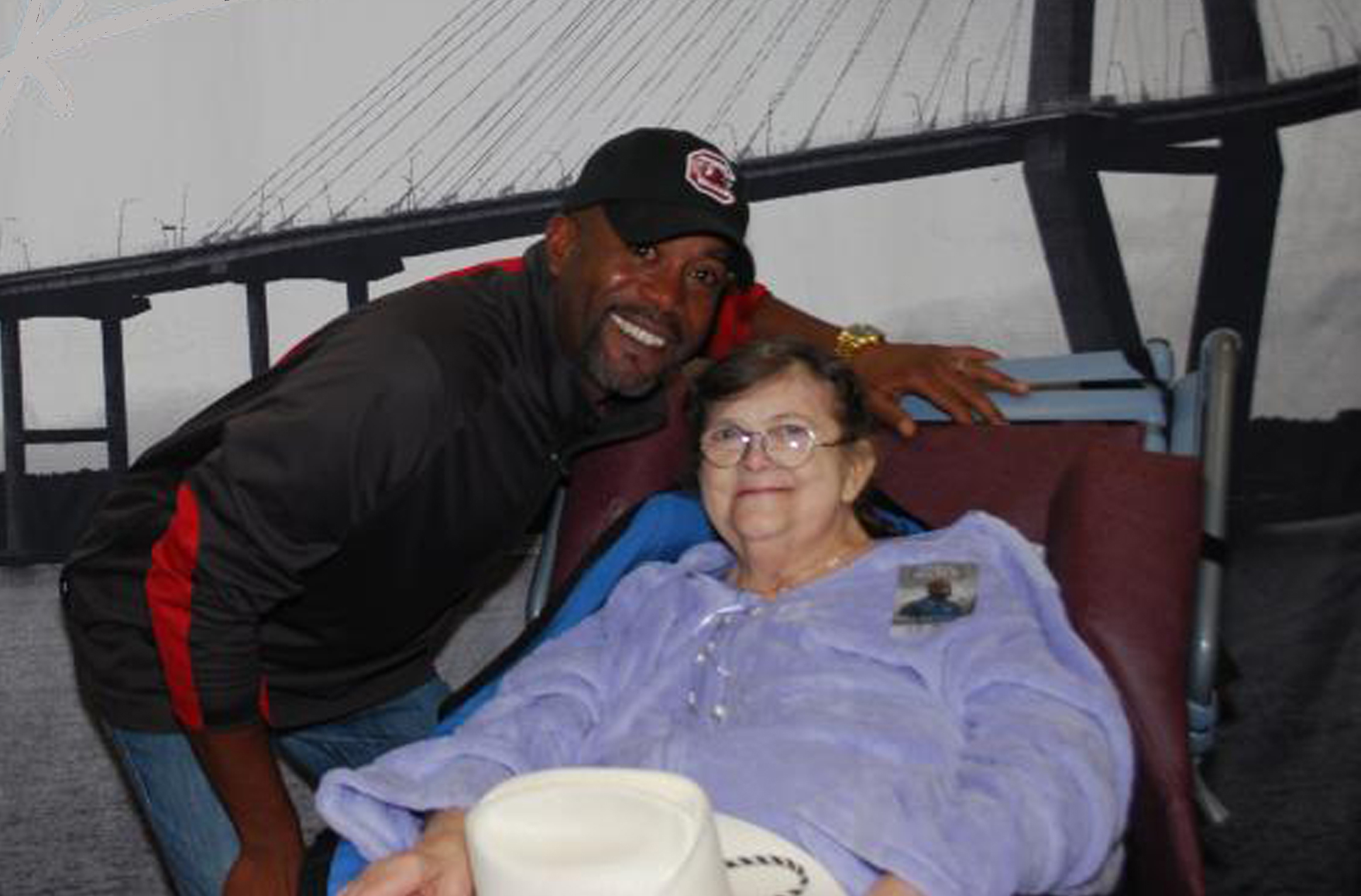 Darius Rucker Grants Special Wish Of Hospice Patient Video