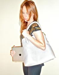 ipad carrying case, shoe tote, wine tote, best city bag, oscar and anna, versatile new handbag