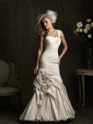Allure Bridals available in sizes 2 - 32