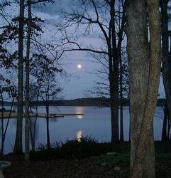 Spectacular Lake Oconee days and nights