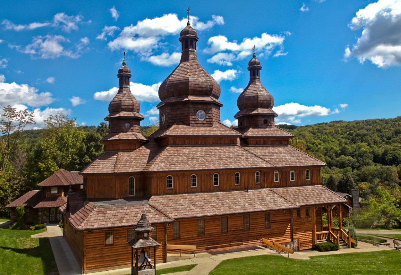 New Davinci Polymer Shake Roof Accents Ukrainian Church