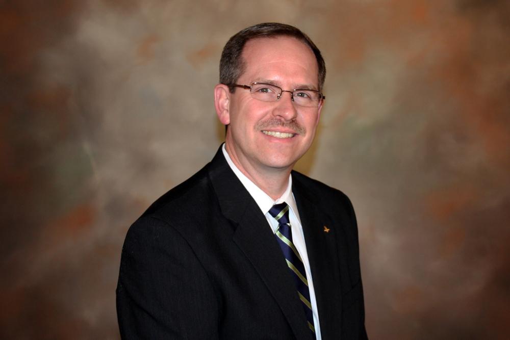 Steve Sanders Receives Regions Top Associate Honor
