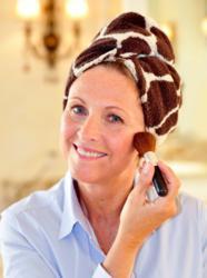 Use the Turbie Twist® to apply makeup.