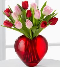 Valentineu0027s Day Flower Arrangement