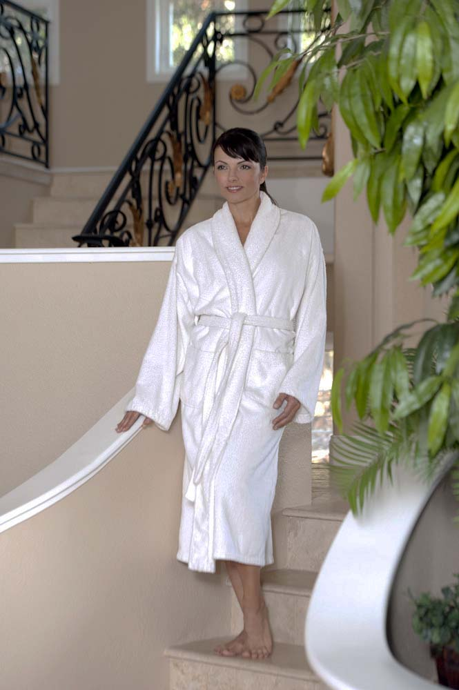 Thermarobe Debuts Worlds Most Luxurious Wireless Heated Robes