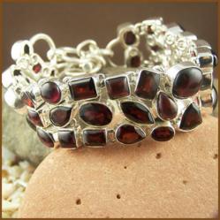 http://www.kvspasal.com/collections/sterling-silver/bracelets/cabochon-garnets